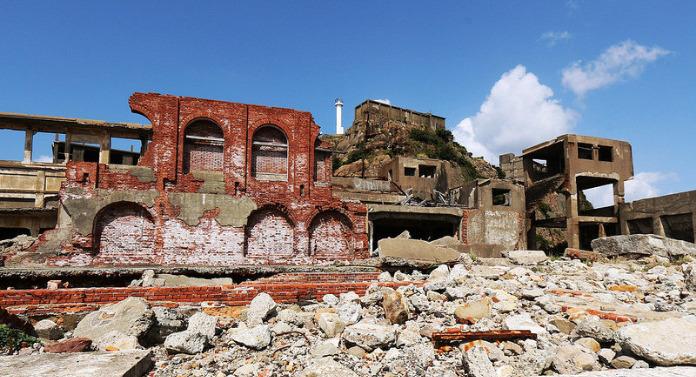 Gunkanjima, Japon : Une île fantôme appelée Hashima !